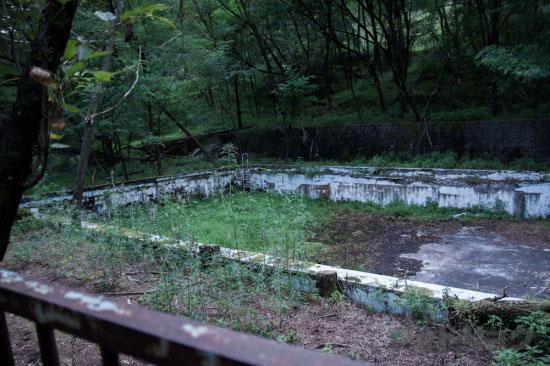 足尾銅山かつてのプール