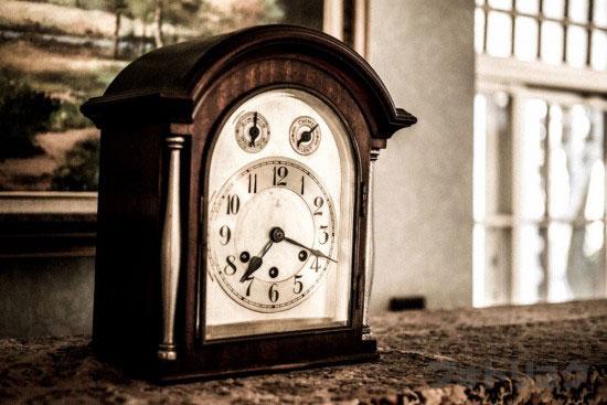 大川邸の時計