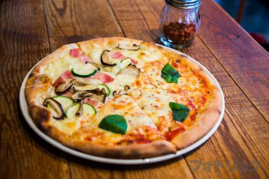 ロイヤルガーデンカフェのピッツァランチ
