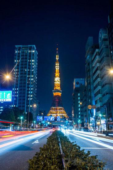 道路からみた東京タワー
