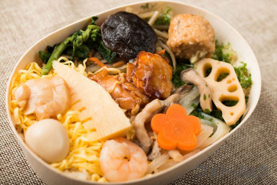福島県いわきの五目わっぱ飯