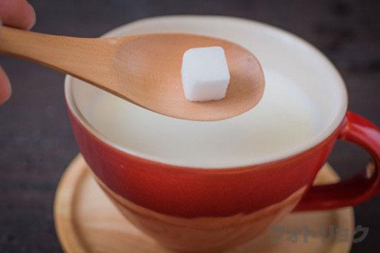 砂糖ホットミルク