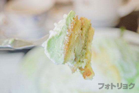 メロンパンケーキのカット