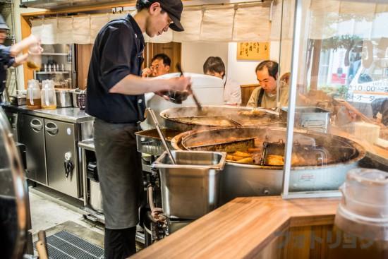 肉めしの大鍋